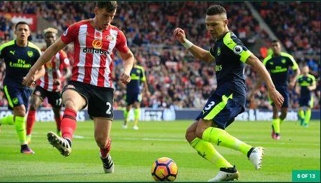 Doi hinh tieu bieu vong 10 Ngoai hang Anh: Arsenal thi uy - Anh 5