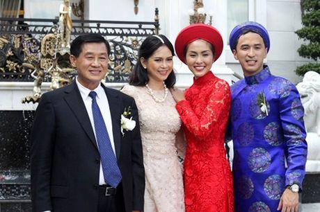Hanh trinh tu 'co be lo lem' thanh doanh nhan thanh dat cua Ha Tang - Anh 11