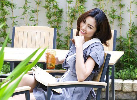 Hanh trinh tu 'co be lo lem' thanh doanh nhan thanh dat cua Ha Tang - Anh 1