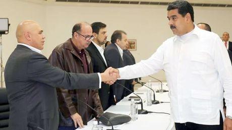 Chinh phu Venezuela dam phan voi phe doi lap - Anh 1