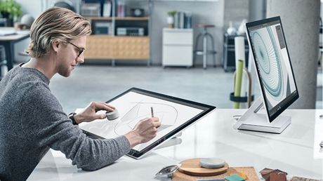 Surface Studio dat khach, Microsoft hoan ngay giao hang - Anh 1