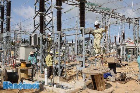 Dong dien tram bien ap 220 kV Ngu Hanh Son va duong day dau noi - Anh 1
