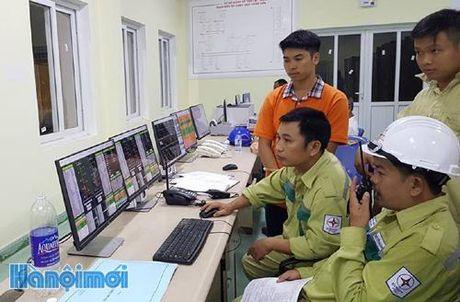 Dong dien tram bien ap 220 kV Ngu Hanh Son va duong day dau noi - Anh 2