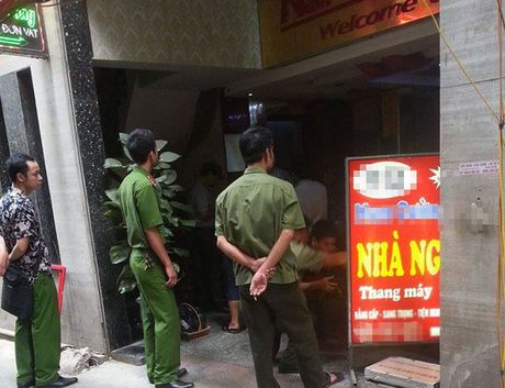 Bat nhom doi tuong no sung gay an mang trong dem tai pho Nguyen Thi Dinh - Anh 3