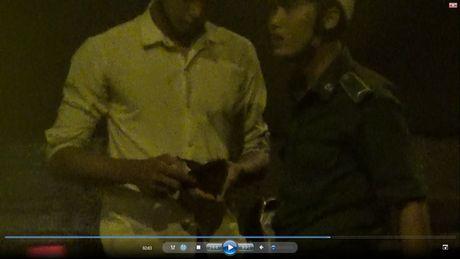 "VIDEO lat tay chieu tro ""xin deu"" o ham Thu Thiem - Anh 4"