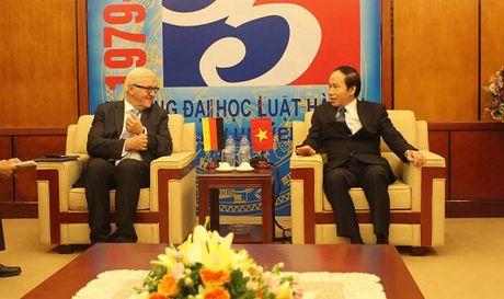 Viet Nam – Duc: Thuc day hop tac ve phap luat, dao tao - Anh 1