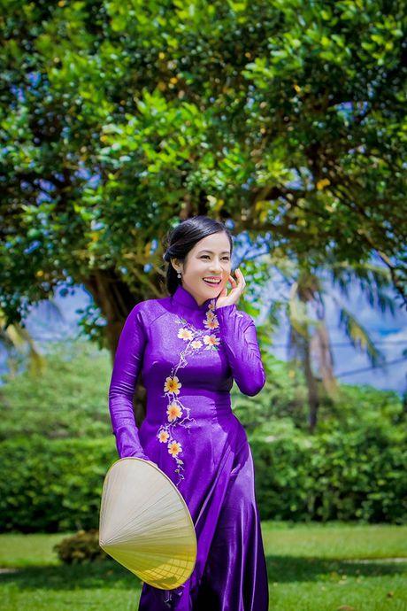 Dien vien Dan Thy: Doa hoa lac giua dong showbiz - Anh 4