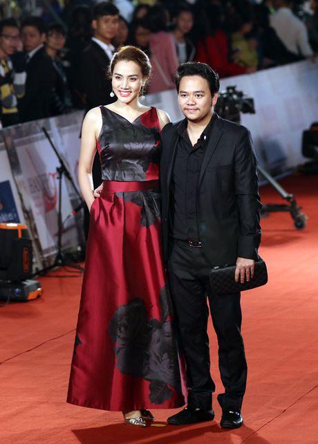 My Linh mac dam ho nguc bao 'doi dau' Phuong Trinh - Anh 10