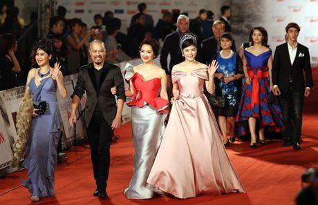 My Linh mac dam ho nguc bao 'doi dau' Phuong Trinh - Anh 11