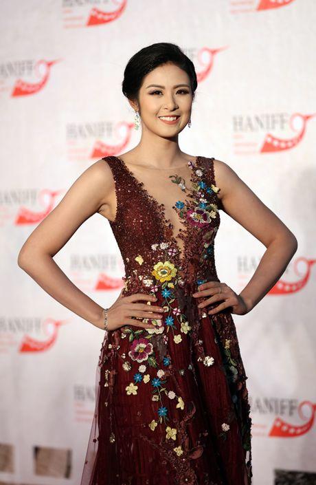 My Linh mac dam ho nguc bao 'doi dau' Phuong Trinh - Anh 5