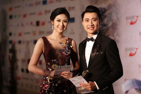 My Linh mac dam ho nguc bao 'doi dau' Phuong Trinh - Anh 6
