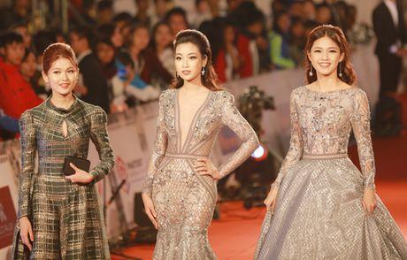 My Linh mac dam ho nguc bao 'doi dau' Phuong Trinh - Anh 7