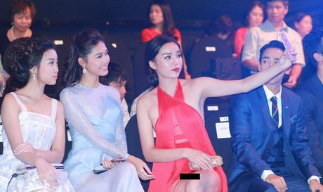 Cai 'dop' scandal khien Ky Duyen kho ru bo 'Hoa hau thi phi' - Anh 1