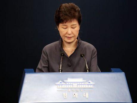 'Ba dong' Choi khien Tong thong Han Quoc dieu dung la ai? - Anh 1