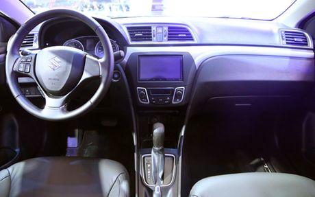Suzuki Ciaz, doi thu moi cua Toyota Vios - Anh 4