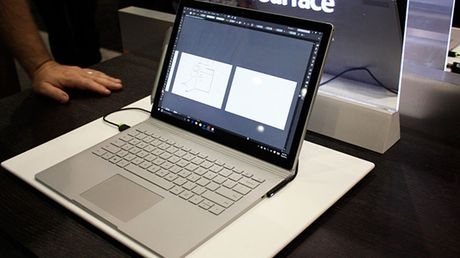 Microsoft bo sung them model Surface Book moi gia 1.999 USD - Anh 1