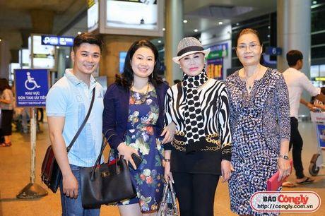 Nu danh ca hai ngoai Thanh Tuyen da tro ve Viet Nam - Anh 2
