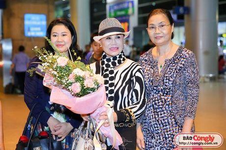 Nu danh ca hai ngoai Thanh Tuyen da tro ve Viet Nam - Anh 3