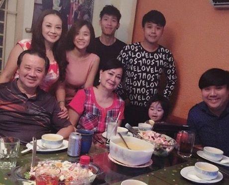 Gia the danh gia cua ban gai Hoai Lam - con trai nuoi Hoai Linh - Anh 3