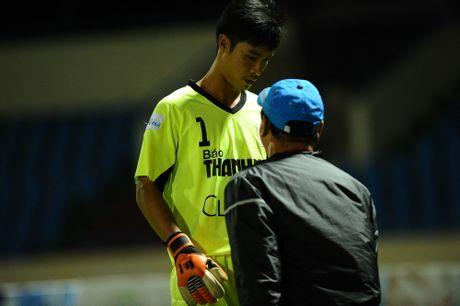 Phong su anh: An tuong san Cam Pha giai U.21 - Anh 12