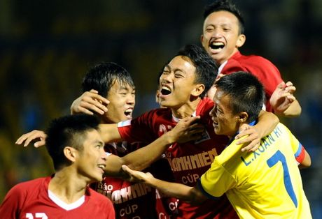 Phong su anh: An tuong san Cam Pha giai U.21 - Anh 13