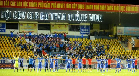 Phong su anh: An tuong san Cam Pha giai U.21 - Anh 1