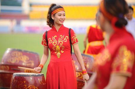 Phong su anh: An tuong san Cam Pha giai U.21 - Anh 2