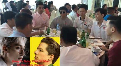 Clip ca ban quay chua tung thay o dam cuoi, Son Tung M-TP khong thich dieu nay - Anh 1