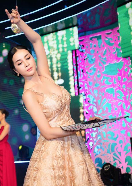 Mai mua quat, Thanh Mai vo tinh ho 'go bong dao' - Anh 4
