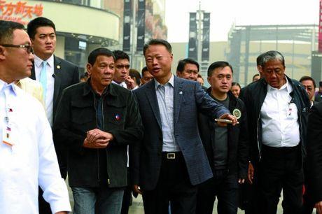 Hai thai cuc yeu va ghet tong thong Duterte - Anh 1