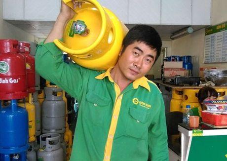 Gia gas tang lan thu 3 lien tiep tu 1/11 - Anh 1