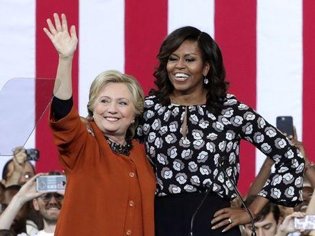 Clinton 'bat den xanh' danh ghe noi cac cho ba Obama - Anh 1