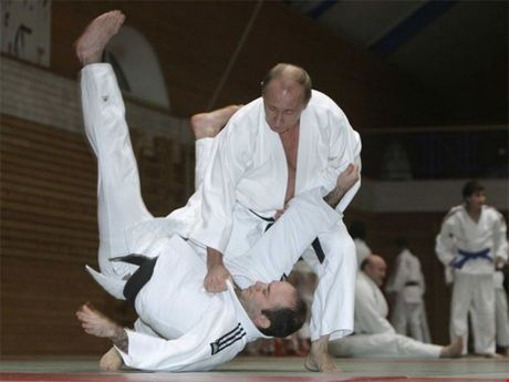 Putin 'ra don' hiem khien phuong Tay dau dau - Anh 3