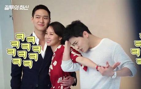 Dan mang bat binh vi Kim Soo Hyun duoc bau la 'ong vua the loai rom-com (hai)' - Anh 2