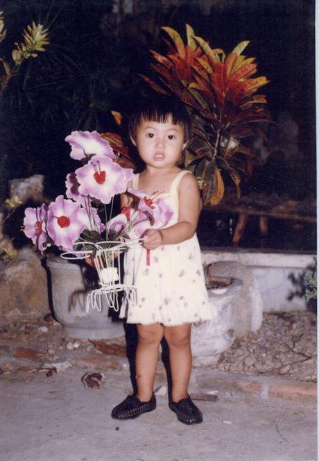 Lo nhan sac nhu con trai cua Hoa khoi bi to 'tham my va thieu dao duc' Dieu Ngoc - Anh 6