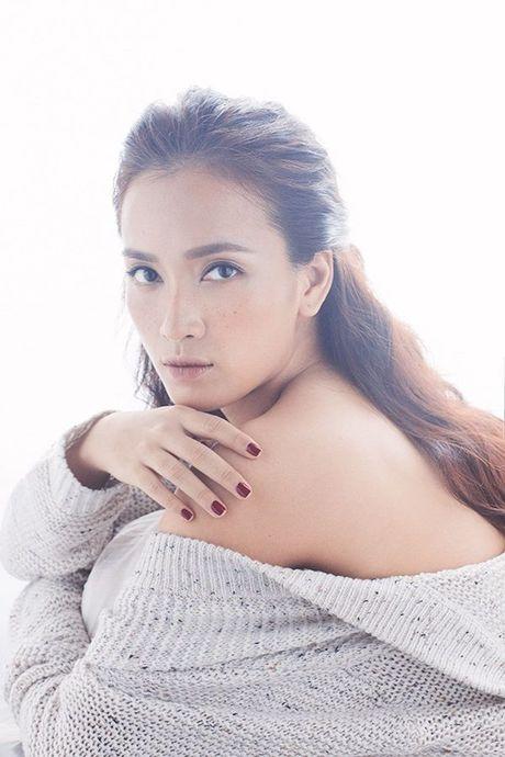 Ai Phuong tung ca khuc xuc dong ve tinh cu gay xon xao cong dong mang - Anh 1