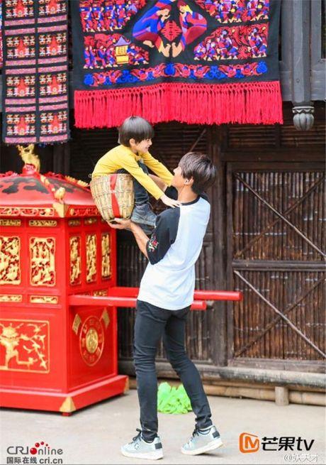 Lam quen hai cap 'bo con thuc tap' cuc de thuong cua Bo oi minh di dau the ban Trung mua 4 - Anh 8