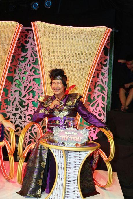 Hong Van, Duc Hai 'nong mat' vi bi Minh Nhi vach tran tat xau - Anh 5
