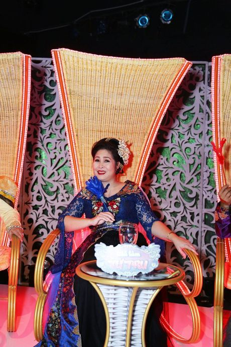 Hong Van, Duc Hai 'nong mat' vi bi Minh Nhi vach tran tat xau - Anh 6
