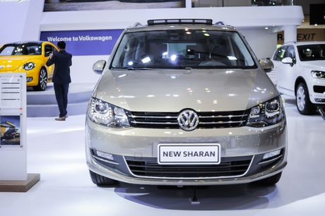 Volkswagen Sharan 7 cho gia gan 2 ty tai Viet Nam - Anh 1