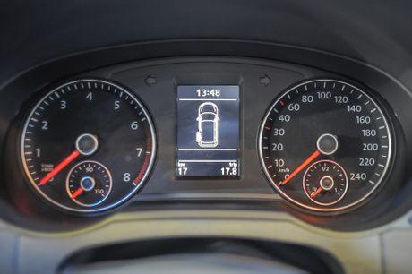 Volkswagen Sharan 7 cho gia gan 2 ty tai Viet Nam - Anh 8