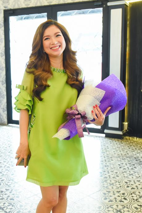 Pham Thanh Thao ve nuoc chuc mung Lam Hung ra mat album - Anh 1