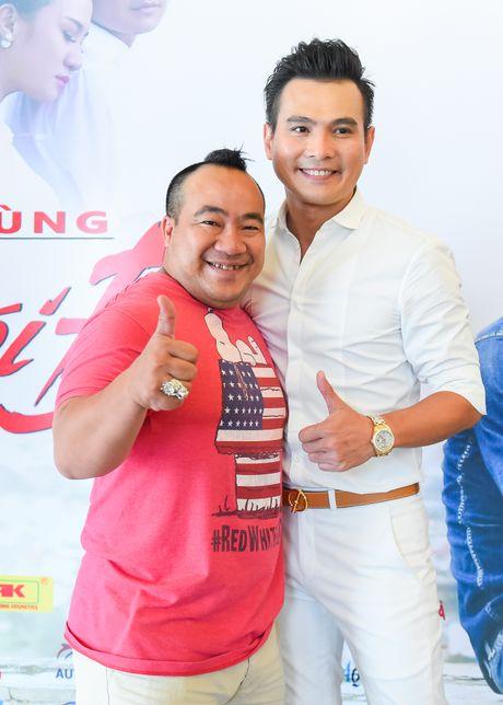 Pham Thanh Thao ve nuoc chuc mung Lam Hung ra mat album - Anh 5
