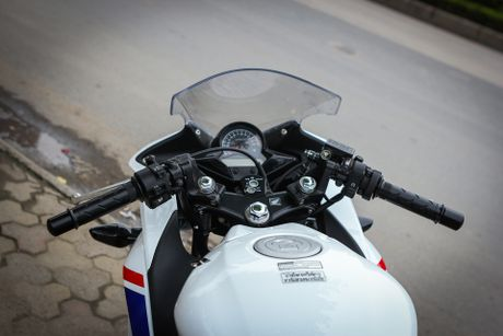 Honda CBR 150R phien ban dac biet tai Viet Nam - Anh 6