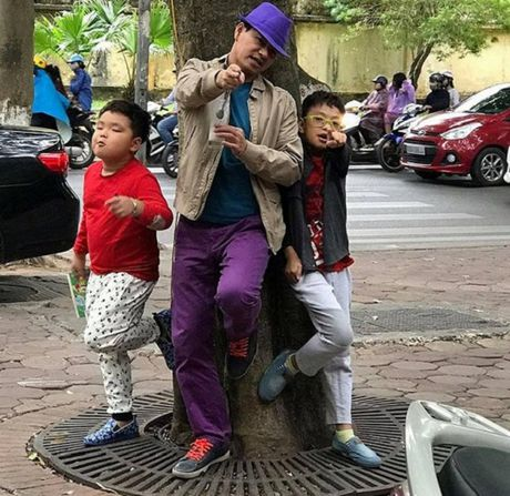 Hoai Linh bi chup len luc tam, lo anh chong giau kin cua Vy Oanh - Anh 7