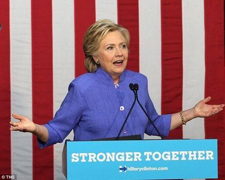 Mac be boi email ca nhan, ba Clinton van bang bang ve dich - Anh 1