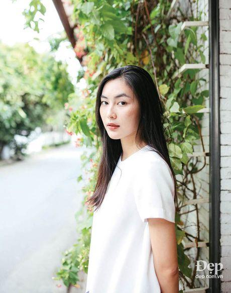 Helly Tong: Trong rau, doc sach va an chay - Anh 1
