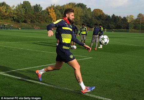 Sau nhieu lan ve nhi, Wenger quyet cung Arsenal gianh ngoi dau bang Champions League - Anh 2