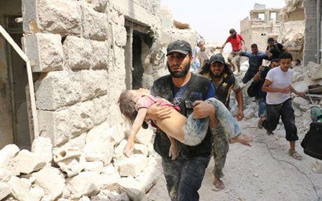 Syria: 84 nguoi thiet mang trong cac cuoc tan cong tai Aleppo - Anh 1