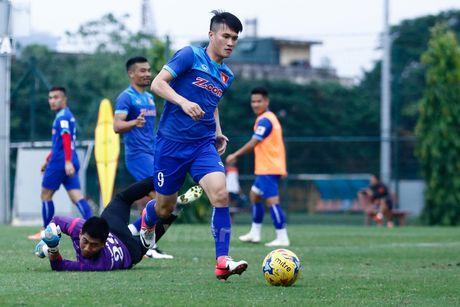 Doi Huu Thang, Van Quyet 'bat nat' quan HAGL trong buoi dau tap - Anh 9